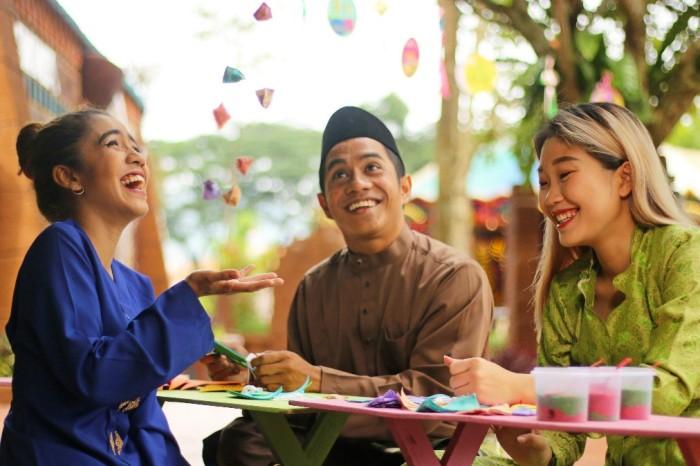 LWOT - Malaysia First Lah - Image I-1012x674