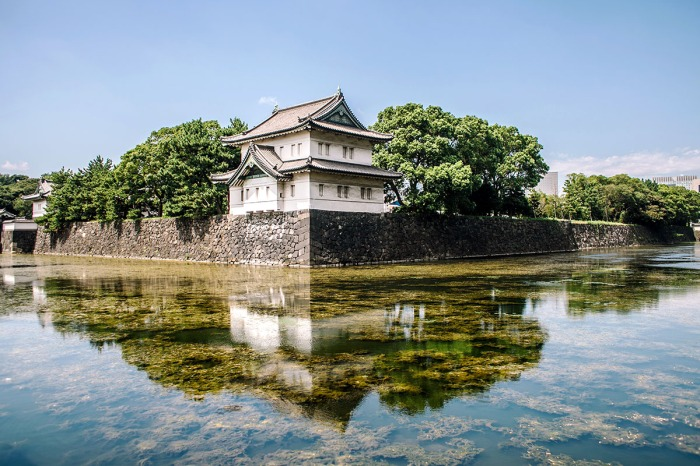 Where-to-stay_Tokyo_Tokyo-Station_Edo-Castle-Ruins_Imperial-Palace.jpg